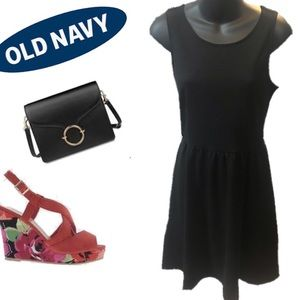 Old Navy Solid Black Dress Sz. Small